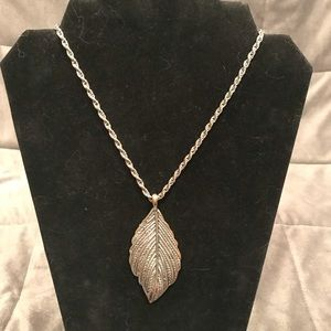Long Chain Leaf Necklace